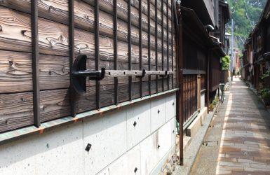 金沢市・ひがし茶屋街の裏通り写真